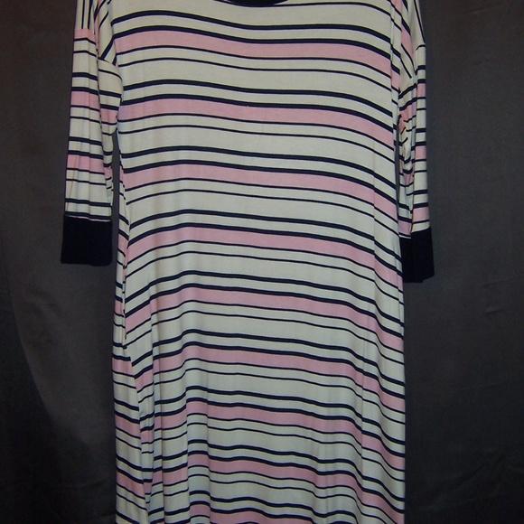 Annabelle Dresses & Skirts - Annabelle NWT T Shirt Dress White w/ Pink & Blue